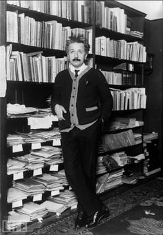Einstein and his books, papers and general research mayhem