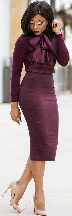 Strong profession look that still says soft and sexy! #dresses #professional #fashioninspiration