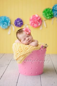 """Best Photography Images: Excellent blog article on newborn photography. Goes over soothing tips, setup, etc. Wondering if I should do """"studio-to-you"""" ONLY for newborns... or at least tell them that is what I prefer?"""