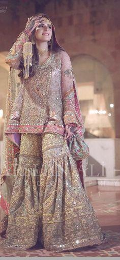 Pakistani Party Wear Dresses, Beautiful Pakistani Dresses, Pakistani Wedding Outfits, Designer Party Wear Dresses, Indian Bridal Outfits, Pakistani Bridal Dresses, Pakistani Wedding Dresses, Pakistani Dress Design, Walima Dress