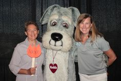 Maddie's Fund's Grants Manager, Shelly Thompson (right)