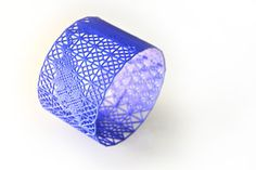 Miette - 3d printed strong and flexible nylon. - Morpheus custom makes jewelry from images using 3d printing technology http://www.morphe.us.com/