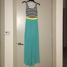Double Zero Dress Maxi dress SZ Small with a cut out on back never been worn Double Zero Dresses Maxi
