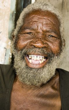 Life Expectancy, Malawi Gentleman from Malawi.by Narue-Marthe GagnonGentleman from Malawi.by Narue-Marthe Gagnon Smiling People, Happy People, Old Faces, Many Faces, Smile Face, Make Me Smile, Happy Smile, Beautiful Smile, Beautiful People