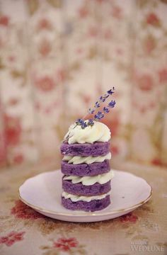 #Purple layered mini wedding #cake | Photography: Hong Photography Studio | WedLuxe Magazine #luxurywedding