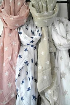 ღ star scarf All Fashion, Spring Fashion, Womens Fashion, Ladies Fashion, Star Wars, Scarf Styles, Womens Scarves, What To Wear, Style Me
