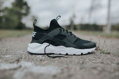 Classic Shades Color The Nike Air Huarache Ultra