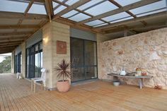 Again, notice the corregated, translucent roof. My Houzz: A South Australia Home Comes Down to Earth