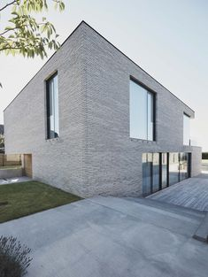 Image 9 of 21 from gallery of Casa S / Christoffersen & Weiling Architects. Photograph by Tina Stephansen Dream House Exterior, Dream House Plans, Concrete Bricks, Property Design, Construction, Nordic Design, Scandinavian Home, Aarhus, Modern House Design