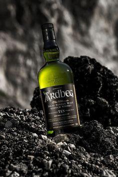 Ardbeg – Drinks by Alen Kirn Scotch Whiskey, Bourbon Whiskey, Alcohol Bottles, Drink Bottles, Advertising Photography, Food Photography, Ardbeg Whisky, Water Bottle Design, Wine And Spirits