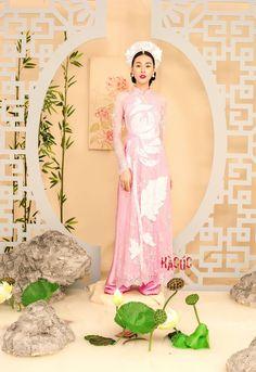 Vietnamese Traditional Dress, Vietnamese Dress, Ao Dai Vietnam, Aurora Sleeping Beauty, Disney Princess, Dresses, Vestidos, Dress, Disney Princesses