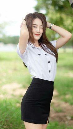 Best 12 Sultry beauty – Page 311029918018564218 – SkillOfKing. Beautiful Japanese Girl, Beautiful Asian Women, Student Fashion, Girl Fashion, Poker Online, Cute Beauty, Cute Asian Girls, Girl Model, College Girls