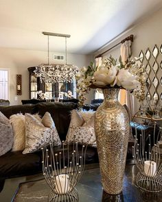 Happy Saturday 💖hope you all have a great day . both of my girls have amazing swipe up links make sure to check them. Glam Living Room, Living Room Decor Cozy, Elegant Living Room, Glam Room, Home And Living, Bedroom Decor, Home Decor Inspiration, Decor Ideas, Room Ideas