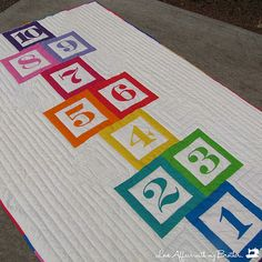 Quality Sewing Tutorials: Hopscotch Quilt tutorial by Love Affair with My Brother Quilt Tutorials, Sewing Tutorials, Sewing Crafts, Quilting Projects, Quilting Designs, Sewing Projects, Quilting Blogs, Quilting Ideas, Patchwork Quilting