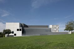 Galeria - Edifício de Economia & Mestrado UNAV / Juan M. Otxotorena - 1