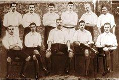Genoa Cricket and Football Club, 1898. En este año gana su primer campeonato de liga.