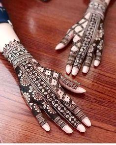 Simple Mehndi Designs Fingers, Henna Tattoo Designs Simple, Basic Mehndi Designs, Back Hand Mehndi Designs, Latest Bridal Mehndi Designs, Stylish Mehndi Designs, Mehndi Designs For Beginners, Mehndi Designs For Girls, Mehndi Design Photos