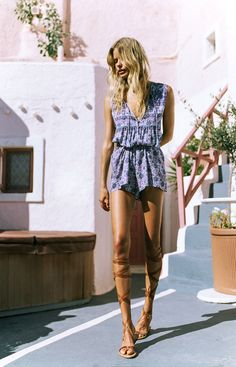 Alena Blohm by (Ph. Plaid Fashion, Tomboy Fashion, Green Fashion, Boho Fashion, Girl Fashion, Fashion Dresses, Alena Blohm, Cool Girl Style, New Years Dress