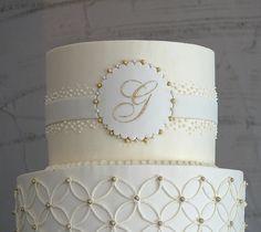 Monogramed cake