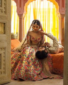 indian wedding photography poses bride and groom pdf Indian Wedding Couple, Desi Wedding, Indian Wedding Outfits, Bridal Outfits, Wedding Couples, Wedding Photos, Indian Weddings, Wedding Card, Party Wedding