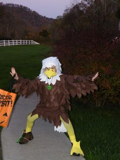 Simple eagle mask made with paper and a glue gun cub scouts lots of inspiration diy makeup tutorials and all accessories you need to create your own diy eagle costume for halloween solutioingenieria Image collections