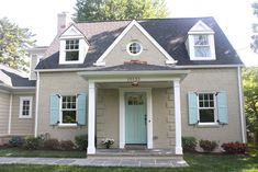 MOSS ECLECTIC: Painted brick home