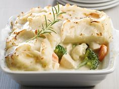 Discover lots of easy and delicious recipes to cook with Arctic Gardens frozen vegetables. Frozen Vegetables, Chicken And Vegetables, California Chicken, Vegetable Pie, Cream Of Celery Soup, Oven Dishes, Macaroni And Cheese, Dinner Recipes, Food And Drink
