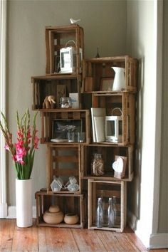DIY corner shelves. Should I try to be creative like this with a puppy around?!