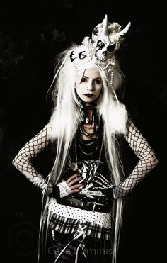 Witch gothic dark fantasy female skull wild shock white hair hands to hips fishnet rags punk Tribal Fusion, Dark Beauty, Gothic Beauty, Gothic Girls, Gothic Lolita, Gothic Chic, Gothic Dress, Dark Fashion, Gothic Fashion