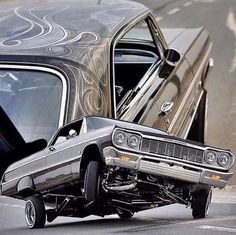 Classic Cars – Old Classic Cars Gallery Custom Chevy Trucks, Custom Cars, Rc Trucks, Arte Lowrider, Car Part Art, Lo Rider, Old School Cars, Old Classic Cars, Freestyle