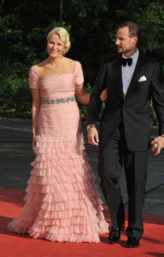 Princess Mette-Marit Photos - Crown Princess Victoria & Daniel Westling: Pre Wedding Dinner - Arrivals - Zimbio