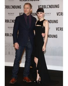 2012 Continuing to break away from his regular Bond-inspired getups, Craig goes grape at another Dragon Tattoo premiere, mastering the proper way to dress up denim a full decade later.