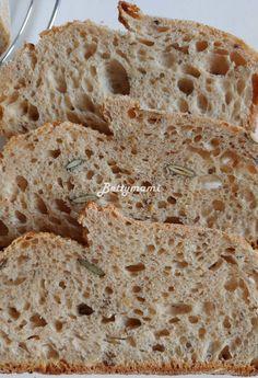 Hozzávalók: 600g liszt (tetszés szerint variálhatjuk akár többfélét is) 4dl meleg víz (ha több a tk. liszt, lehetséges, hogy valamivel többet... Bakery, Advent, Breads, Food, Bread Rolls, Eten, Bakery Business, Bread, Braided Pigtails