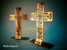 Artizani romani | Mestesugari romani | Cruci din cupru realizate manual
