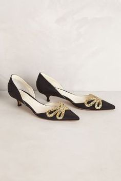 Encore Kitten Heels by Butter via Anthropologie Prom Shoes, Dress Shoes, Bridesmaid Shoes, Cute Shoes, Me Too Shoes, Fab Shoes, Low Heels, Pumps Heels, Kitten Heels Outfit