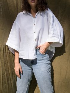 The Ruby Shirt draws on classic tailoring in Pure Natural French Linen, pair it back with jeans for an everyday look or dress it up for a special occasion. Cute Casual Outfits, Summer Outfits, Shirt Drawing, Looks Vintage, Minimal Fashion, Aesthetic Clothes, Lounge Wear, Fashion Outfits, Paint Furniture
