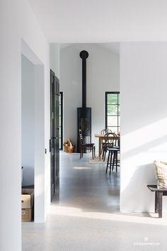 Showpieces For Home Decoration Interior Architecture, Interior And Exterior, Interior Design Living Room, Interior Decorating, Home And Living, Interior Inspiration, Living Spaces, New Homes, Home Decor