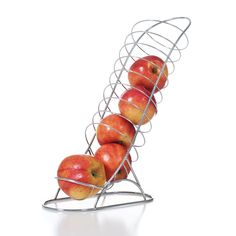 A great way to add a little whimsical touch to your kitchen and to liven up breakfast and snack times with our fun, fantastic fruit chute. Ideal for oranges, lemons and apples, the fruit rolls down th