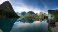 #lakeside #lake #boats #beautiful #sky #clouds