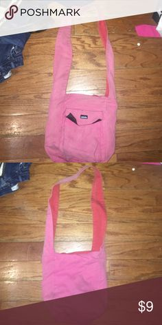 Pink Kavu Purse Pink Kavu purse. Kavu Bags Crossbody Bags