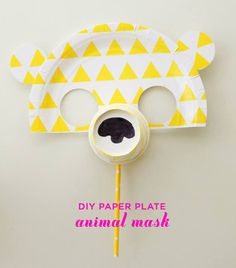 DIY Paper Plate Animal Masks, Anyone can make! Craft Activities For Kids, Projects For Kids, Diy For Kids, Crafts For Kids, Fun Crafts, Art Projects, Craft Ideas, Safari Party, Paper Plate Crafts