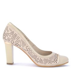 Deska cipő | Magas sarkú Deska cipő bézs színben 8,5 cm magas sarokkal http://chix.hu