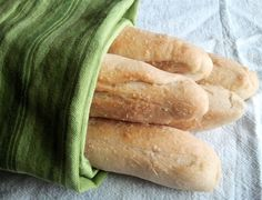 Readable Eatables: {Olive Garden Breadsticks}