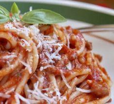 Custard Peach Pie - Christina's Cucina Spaghetti Sauce Easy, Italian Spaghetti Sauce, Italian Pasta, Beef Steak Recipes, Sauce Recipes, Pasta Recipes, Antipasto Recipes, Best Peach Pie Recipe, Peach Pie Recipes