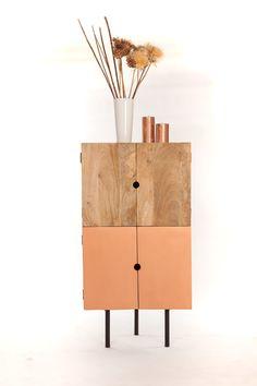 Meuble d'angle design bois                                                                                                                                                      Plus