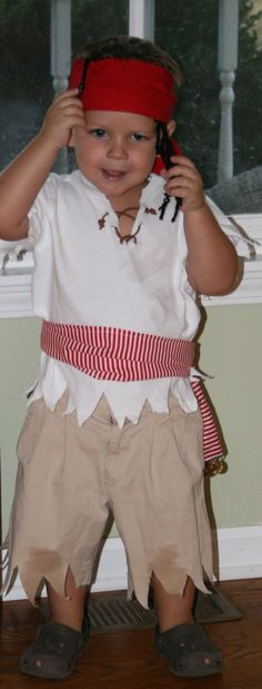 Easy DIY Pirate Costume for Boy.