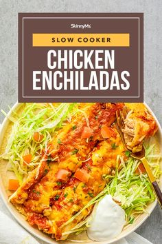 Slow Cooker Chicken Enchiladas Healthy Low Calorie Meals, Low Calorie Dinners, Healthy Slow Cooker, Healthy Meal Prep, Low Calorie Recipes, Slow Cooker Recipes, Healthy Dinner Recipes, Crockpot Recipes, Diet Recipes