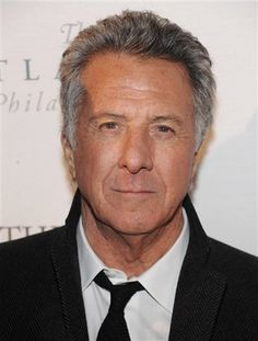 dustin hoffman Dustin Hoffman, Older Men, Hollywood, Movies Showing, American Actors, Celebrity News, The One, Movie Stars, Joggers