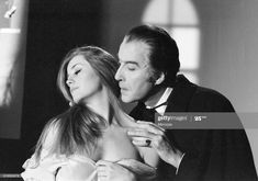 News Photo : Christopher Lee, being photographed for poster,. Hammer Horror Films, Hammer Films, Horror Movies, Jenny Hanley, Christopher Lee, Count Dracula, Dracula Film, Female Vampire, Famous Monsters