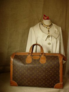 RARE...MUST HAVE Vintage LOUIS VUITTON Shoe Trunk Suitcase Luggage.
